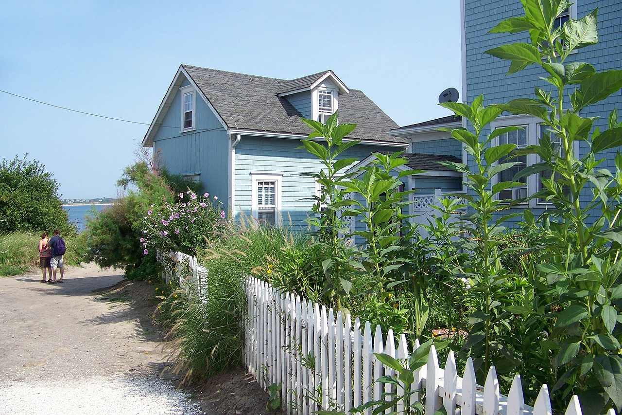 beach-house-292996_1280 (2).jpg