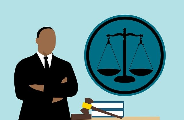 lawyer-3819044_640.jpg