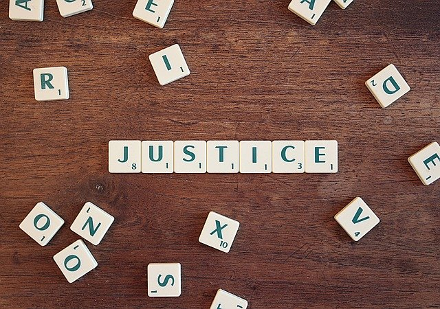 justice-2755765_640 (1).jpg